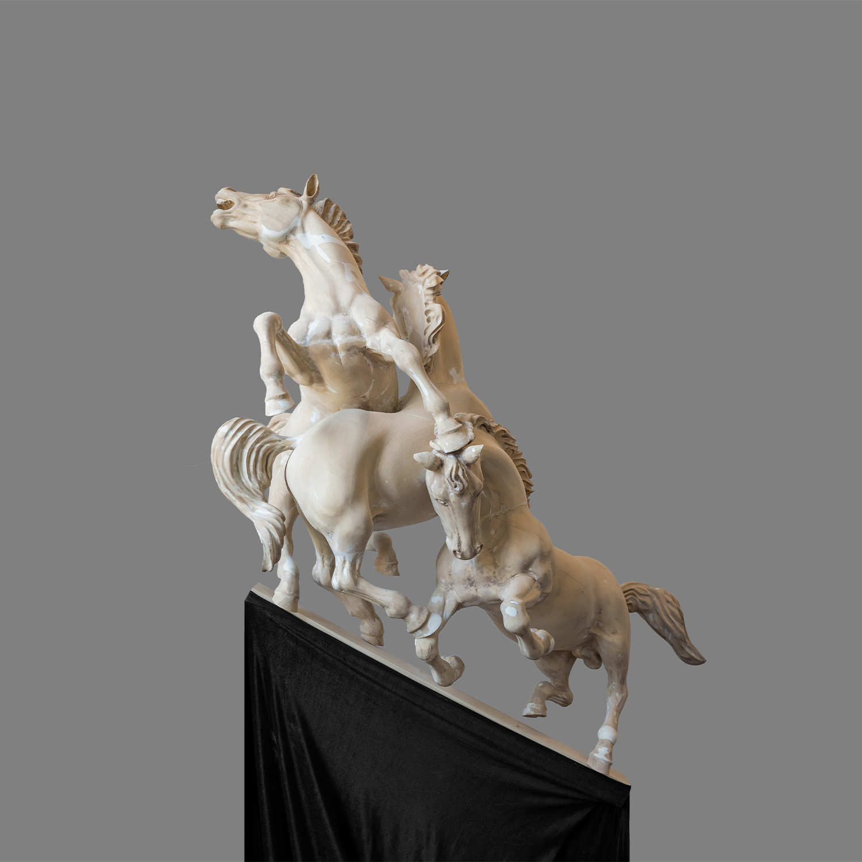 Sculptuur-Strijdende-paarden-naar-de-top1